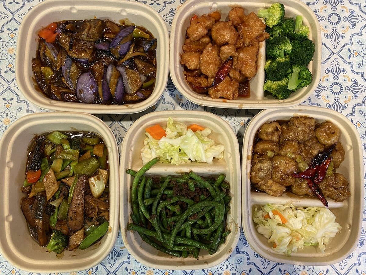 Cozy Wok is a new Chinese vegetarian takeout spot in East Oakland.