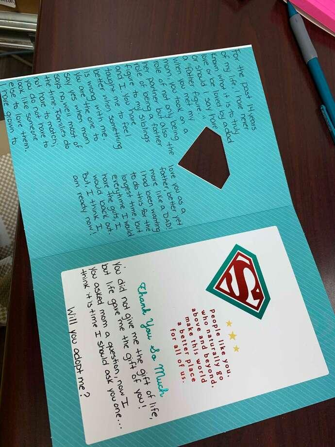 Por medio de una carta Alexa Villareal demostro su amor y le pidió a su padrastro Gabriel García que la adoptará Photo: Foto De Cortesía