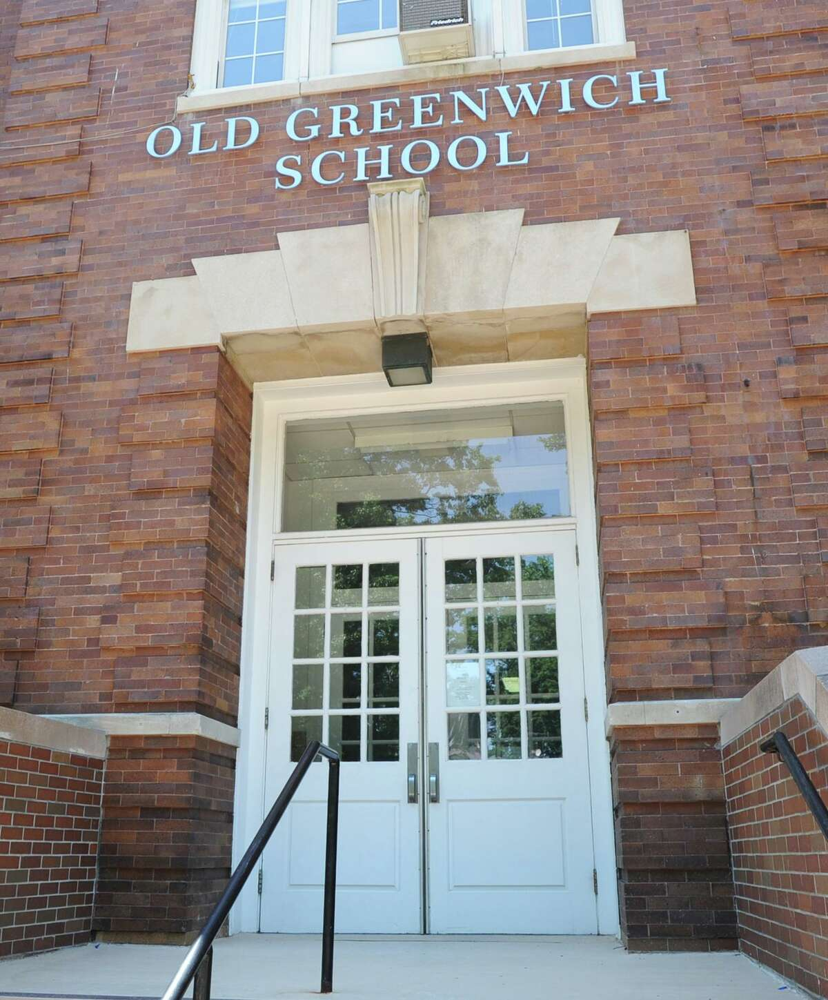 The front entrance to Old Greenwich School at 285 Sound Beach Ave..