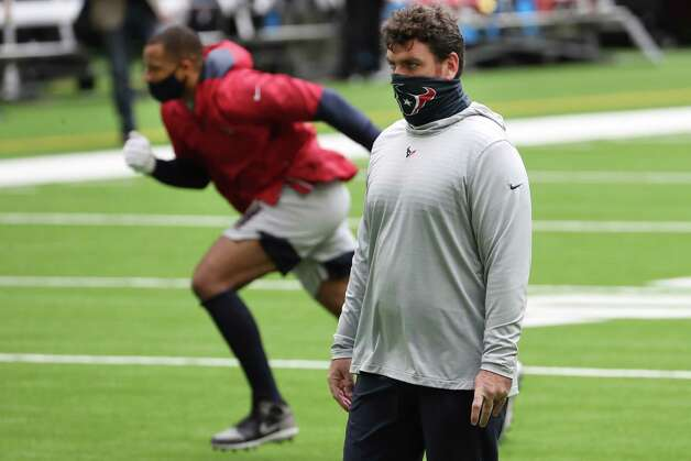 Houston Texans offensive coordinator watches players warm up before an NFL football game at NRG Stadium on Sunday, Dec. 27, 2020, in Houston. Photo: Brett Coomer, Staff Photographer / © 2020 Houston Chronicle