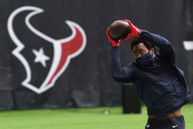 Houston Texans wide receiver Brandin Cooks  warms up before an NFL football game at NRG Stadium on Sunday, Dec. 27, 2020, in Houston. Photo: Brett Coomer, Staff Photographer / © 2020 Houston Chronicle
