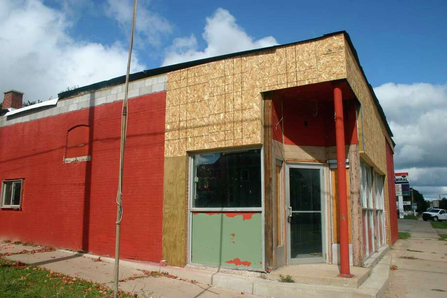 This location on State Street will soon be the home of Dunegrass, a medical and retail marijuana store, planned for opening in early 2021. (Pioneer file photo)
