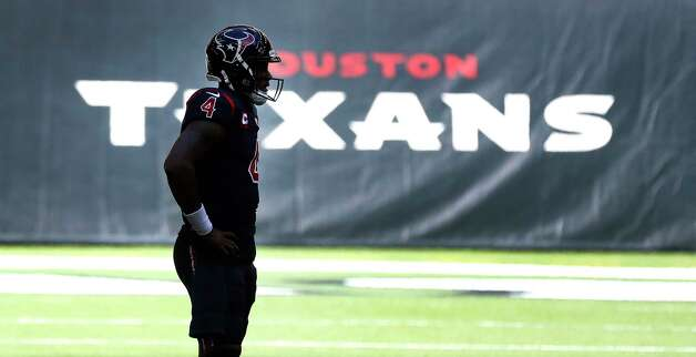 Houston Texans quarterback Deshaun Watson (4) reacts after a play during the second quarter of an NFL football game at NGR Stadium, Sunday, December 27, 2020, in Houston. Photo: Karen Warren, Staff Photographer / © 2020 Houston Chronicle