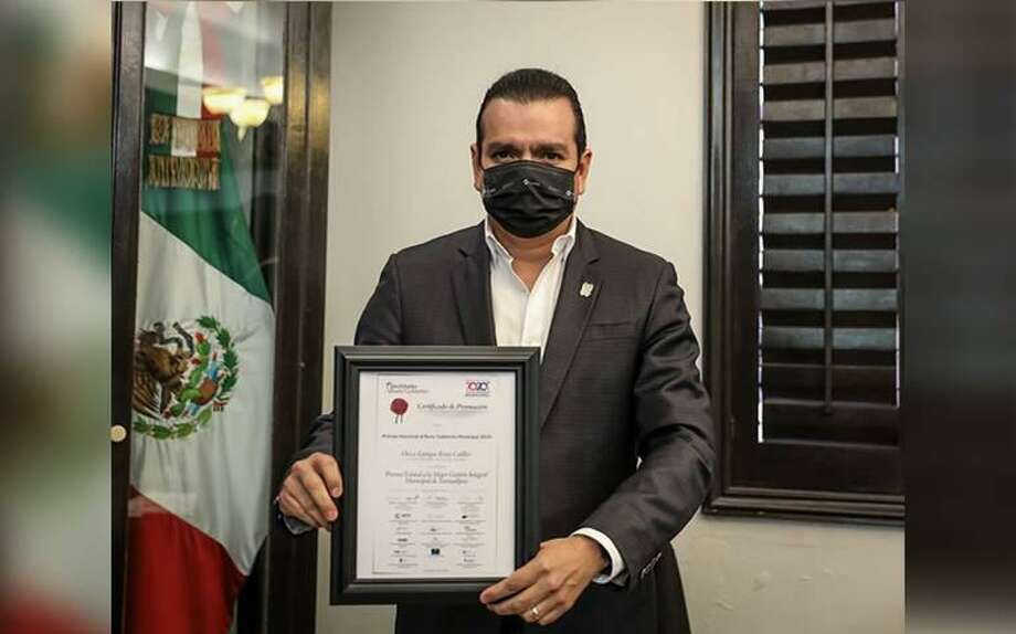 Nuevo Laredo Mayor Enrique Rivas Cuellar received five awards in a span of two weeks for both progress made in the city and for the city's efforts regarding the COVID-19 pandemic. Photo: Courtesy