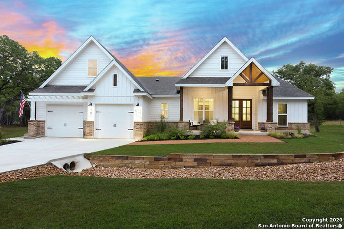 Bandera's small-town atmosphere appeals to many homebuyers.