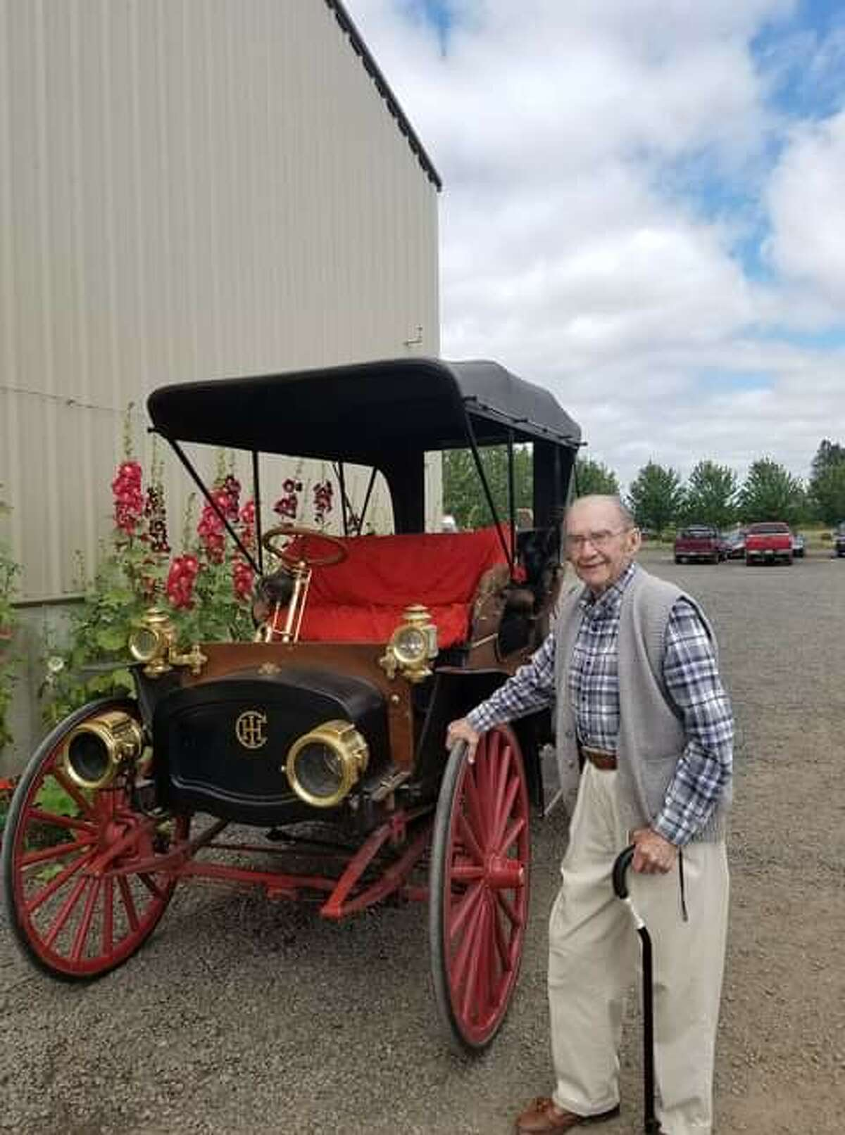David Carlson died at the age of 95 on Dec. 19, 2020. During his 50 years in Manistee he ran the Ben Franklin store, owned Do-More Tractors, Jean House stores and sold commercial real estate for Century 21. He was also on the DDA for many years for Manistee. (Courtesy photo)