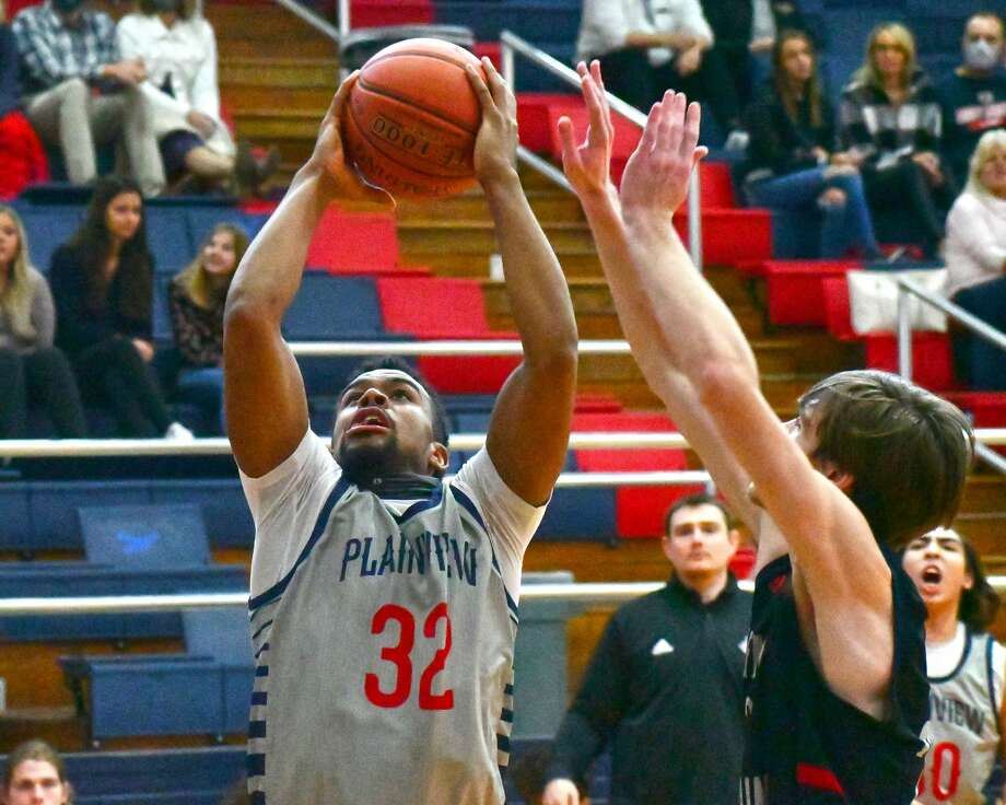 The Plainview boys basketball team suffered a 71-59 loss to Trinity Christian on Monday, Dec. 28, 2020 in the Dog House at Plainview High School. Photo: Nathan Giese/Planview Herald