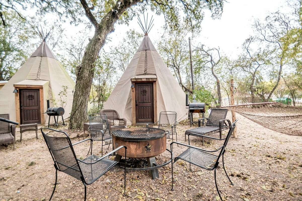 New Braunfels Tipi: This non-traditional rental comes in second on the list and offers a number of tipis that scream glamping. From electricity, air conditioning  and Amazon Fire, the tipis offer a luxurious experience.  Glamping Hub: $256 per night