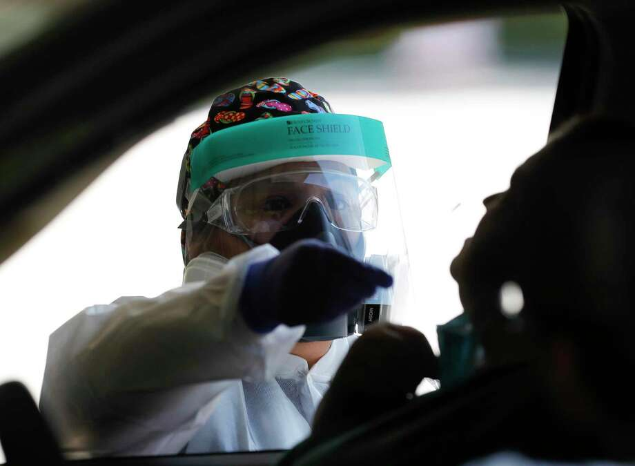 Montgomery County Public Health District officials confirmed 383 new COVID-19 cases Wednesday pushing the county's total over 32,000. Photo: Jason Fochtman, Houston Chronicle / Staff Photographer / 2020 © Houston Chronicle