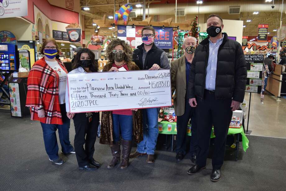 The Plainview Area United Way received a $15,033 donation from Amigos. Pictured (L-R): Teresa Young, Rebekah Bernal, Leigh Ann Bradley, Braden Sutterfield, David Wilder and Philip Field Photo: Ellysa Harris/Plainview Herald