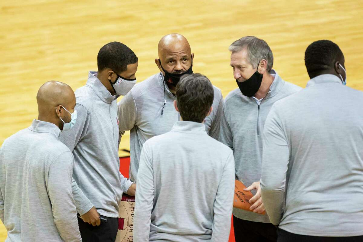 The contact that NBA players and coaches might have in a game-environment are different than away from the facility, league officials say.