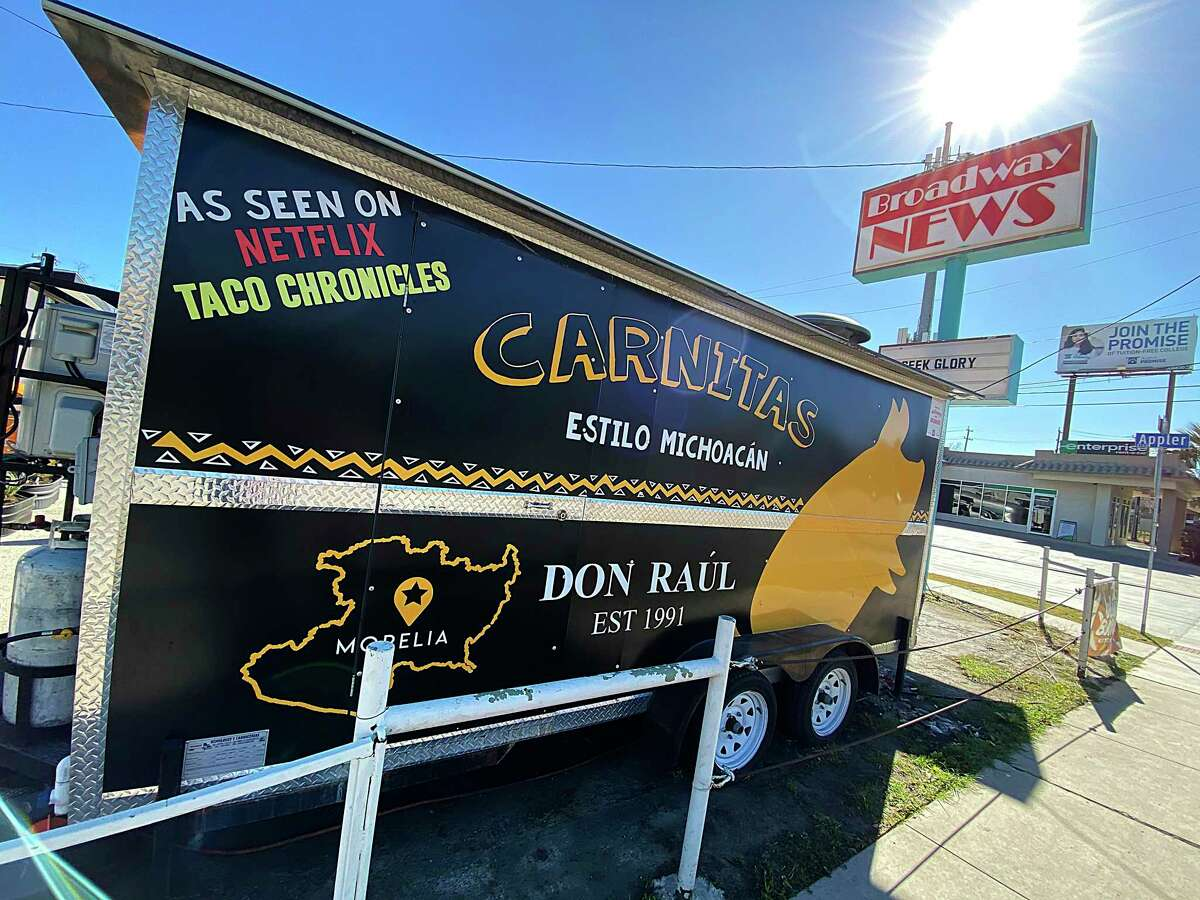 Carnitas Don Raúl does steady business as a food trailer specializing in Michoacán, Mexico-style carnitas on Broadway.