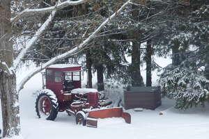 Winter weather left northern Michigan under a blanket of snow, Wednesday.