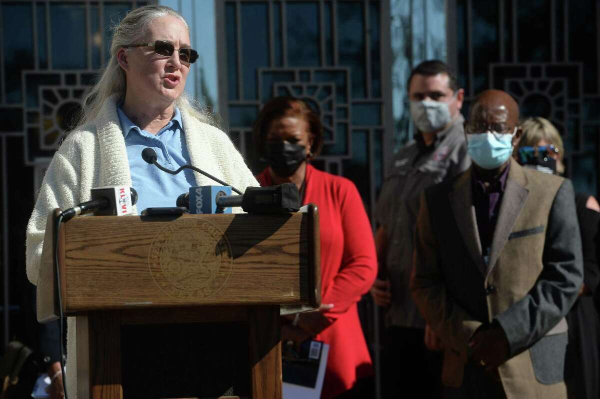 Hardin County's Dr. Jana Winberg addresses the crowd during a multi-county press conference held by city and county leaders and health officials at Jefferson County Courthouse. Photo taken Wednesday, November 18, 2020 Kim Brent/The Enterprise