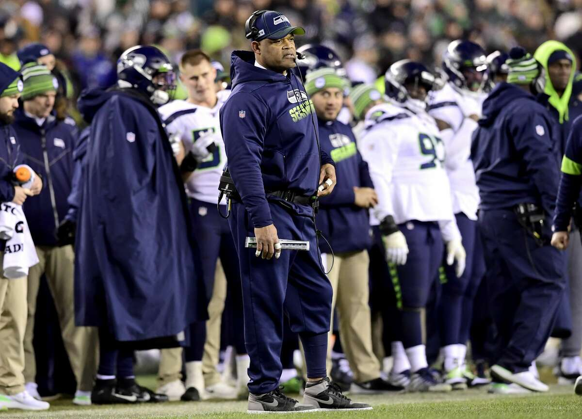PHILADELPHIA, PENNSYLVANIA - JANUARY 05: Defensive coordinator Ken Norton Jr. of the Seattle Seahawks looks on during a timeout against the Philadelphia Eagles in the NFC Wild Card Playoff game at Lincoln Financial Field on January 05, 2020 in Philadelphia, Pennsylvania. (Photo by Steven Ryan/Getty Images)