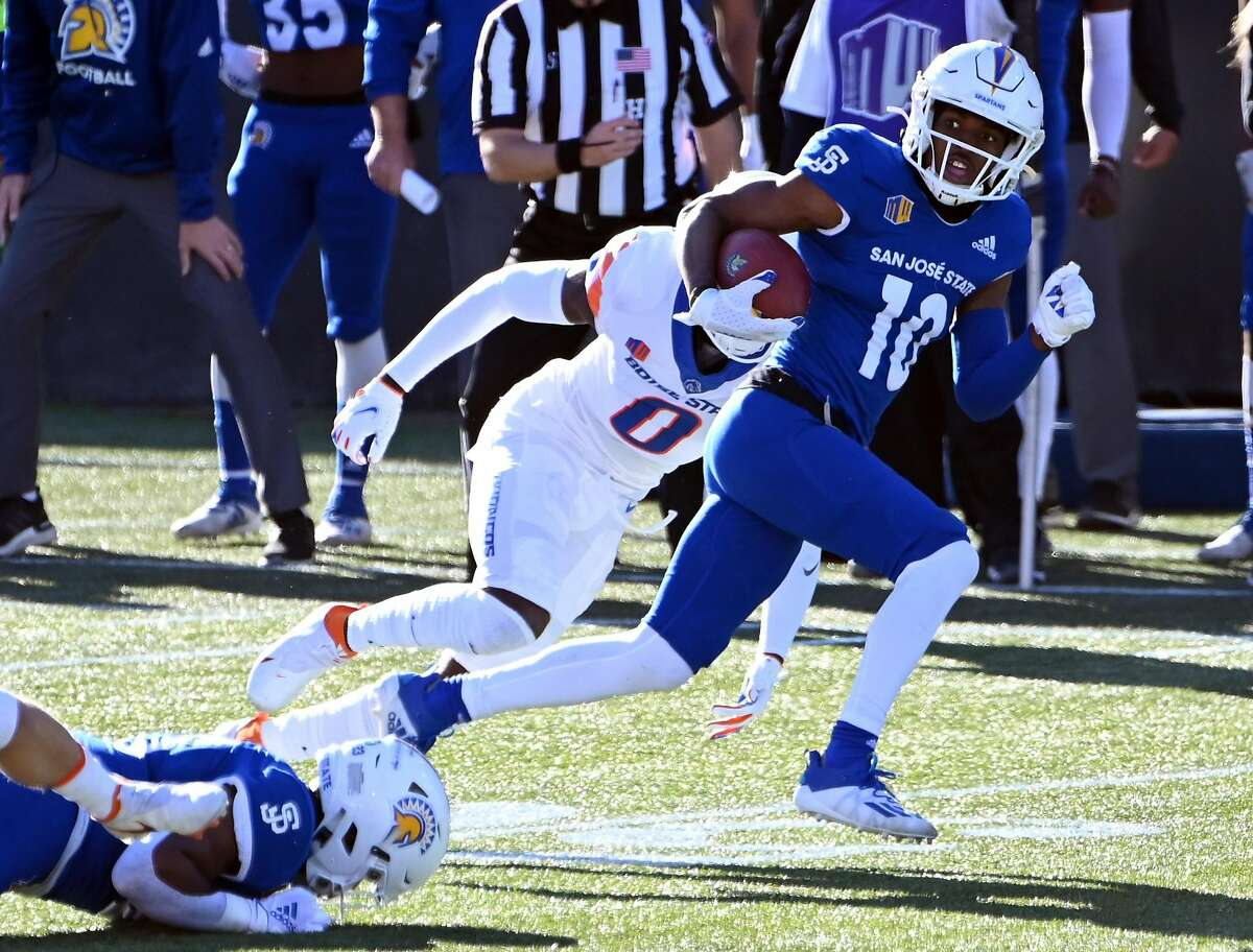 LAS VEGAS, NEVADA - DECEMBER 19: Wide receiver Tre Walker #10 of the San Jose State Spartans runs for a touchdown against the Boise State Broncos in the first half of the Mountain West Football Championship at Sam Boyd Stadium on December 19, 2020 in Las Vegas, Nevada. (Photo by David J. Becker/Getty Images)