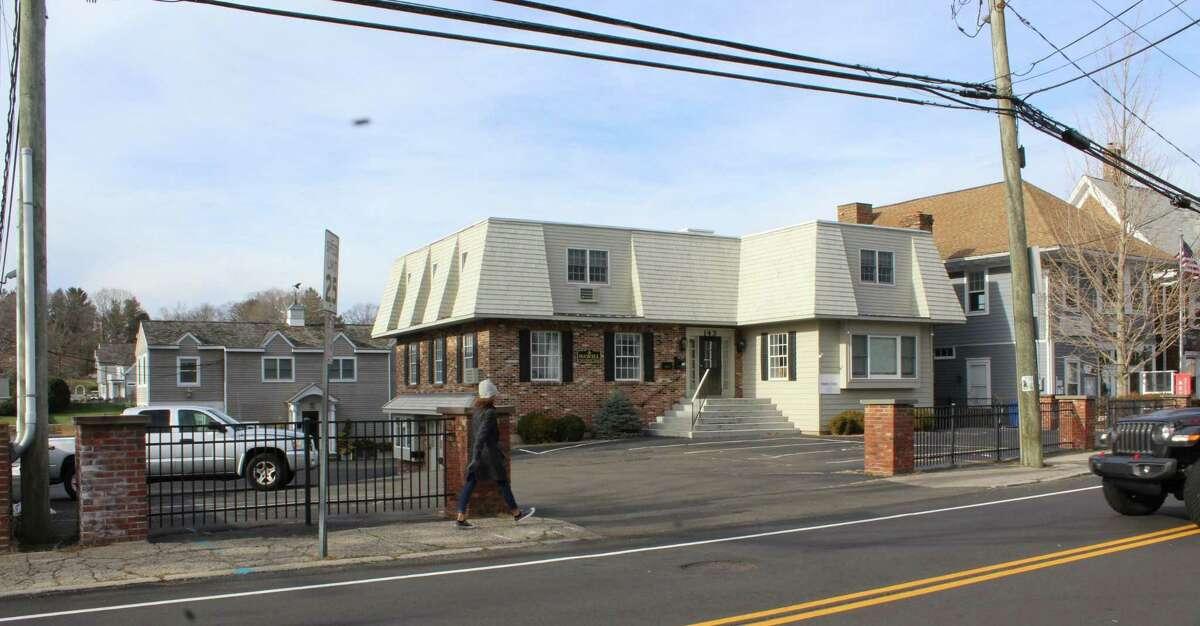 143 Rowayton Ave. in Norwalk