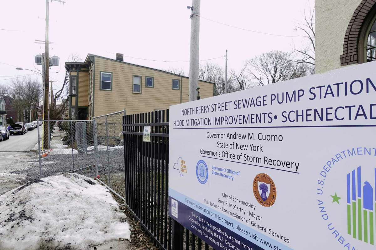 Construction work continues on the new pump station in the Stockade area of Schenectady on Thursday, Dec. 31, 2020, in Schenectady, N.Y. (Paul Buckowski/Times Union)