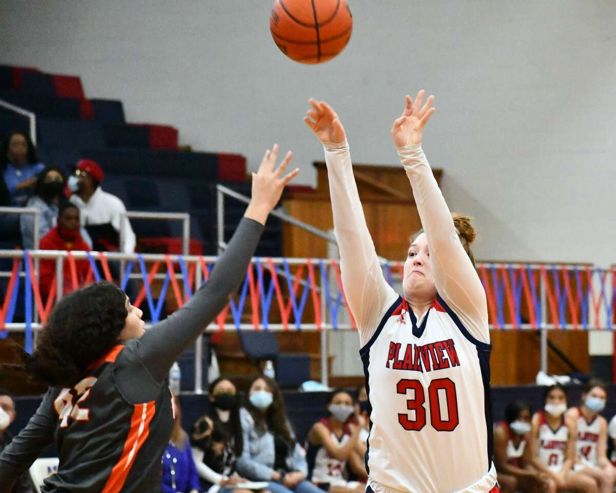 The Plainview boys and girls basketball teams secured wins in a doubleheader on Thursday afternoon in the Dog House at Plainview High School. The Lady Bulldogs opened district play with a 78-58 win over Amarillo Caprock and the Bulldogs knocked off Bushland 62-50.