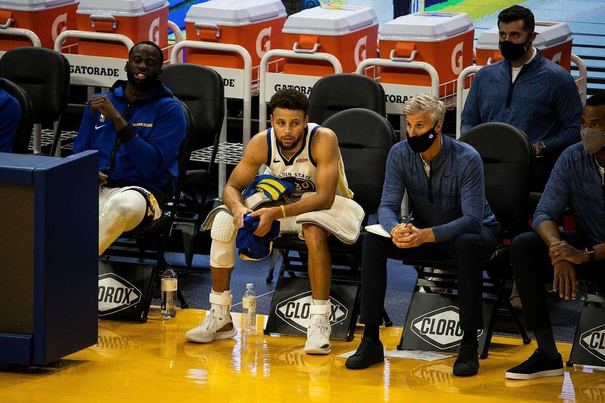 Golden State Warriors guard Stephen Curry (30) is seen during the fourth quarter of a NBA basketball game against the Portland Trailblazers on Friday, Jan. 1, 2021 in San Francisco, Calif.. The Trailblazers defeated the Warriors 123-98.