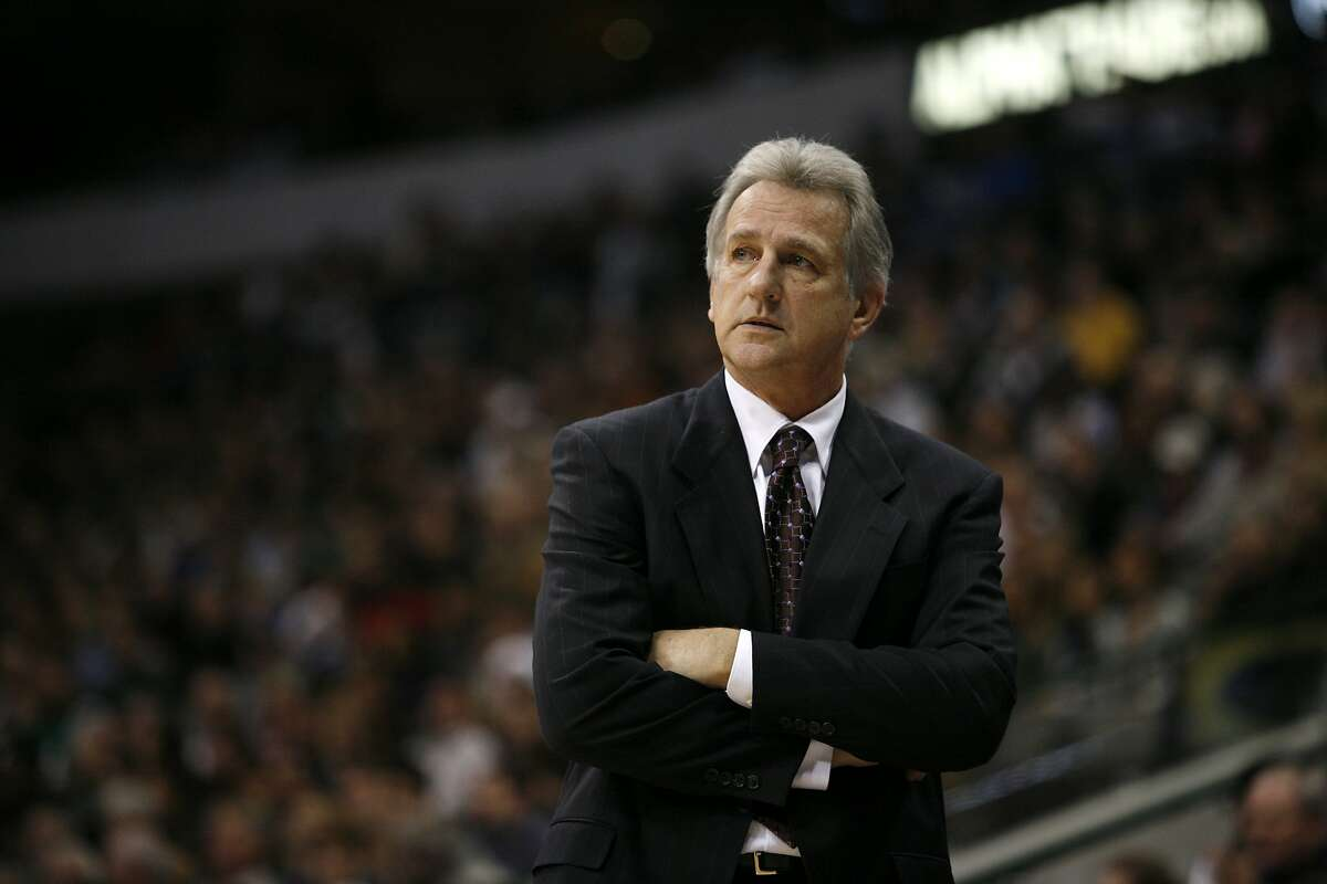 Head coach Paul Westphal led the Phoenix Suns to the NBA Finals in 1993.