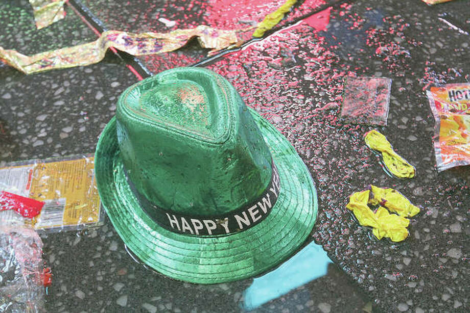 Setting a New Year's resolution about improving your finances is an excellent way to start 2021. But before you come up with a list of goals, be aware that there are a few you should avoid. Photo: Tina Fineberg   AP