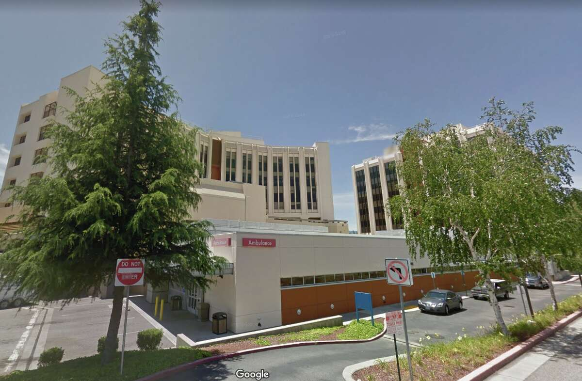 A street view of the Kaiser Permanente San Jose Medical Center.