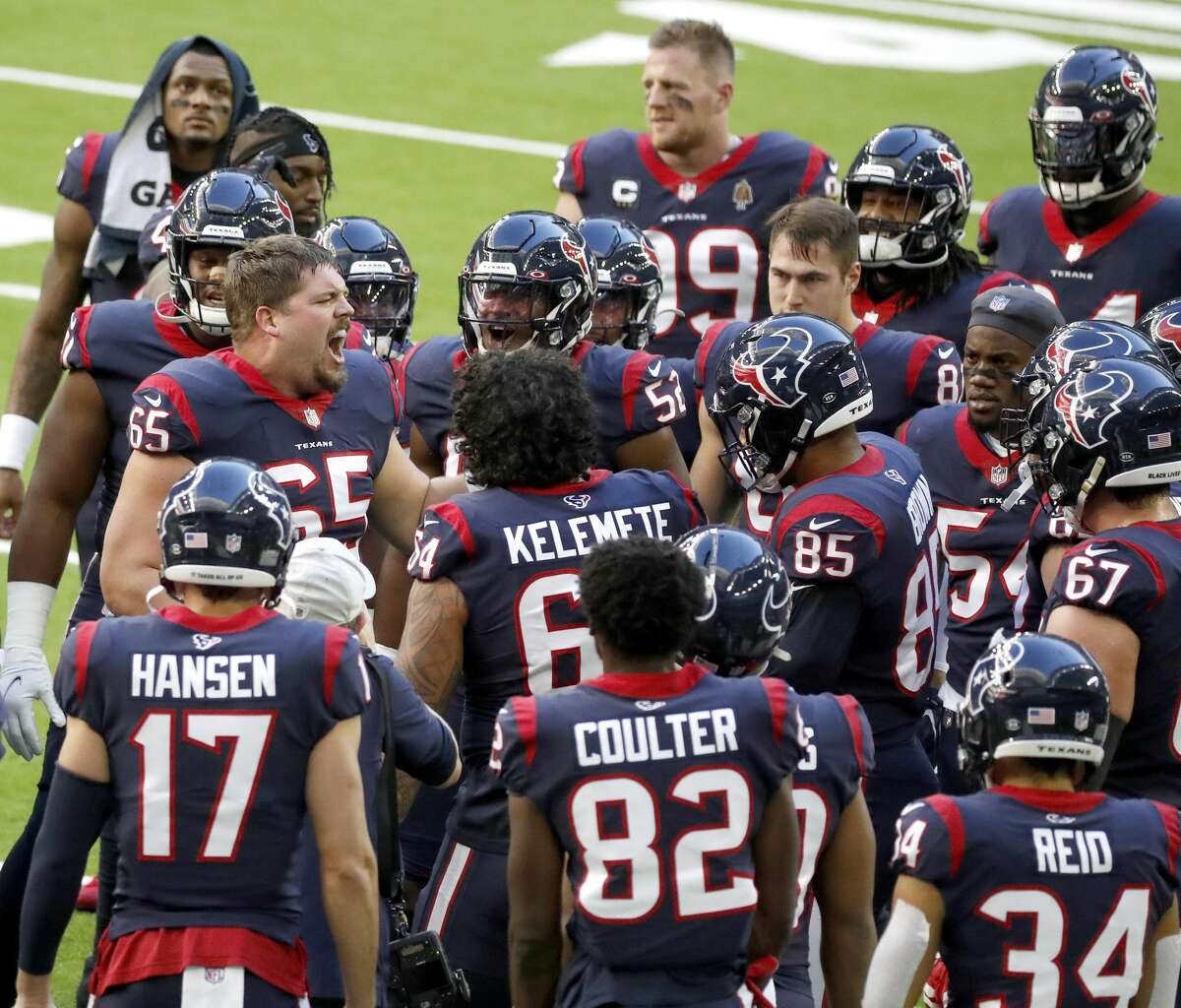 Houston Texans offensive guard Greg Mancz (65) fires up the team in a huddle after warm ups before the start of an NFL football game Sunday, Jan. 3, 2021, at NRG Stadium in Houston .