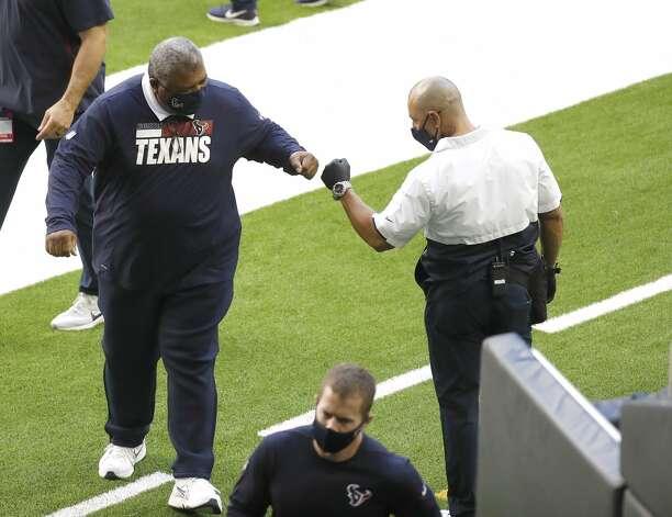 Houston Texans head coach Romeo Crennel walks back to the locker room after warm ups before the start of an NFL football game Sunday, Jan. 3, 2021, at NRG Stadium in Houston . Photo: Karen Warren/Staff Photographer / © 2021 Houston Chronicle