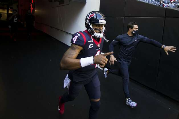 Houston Texans quarterback Deshaun Watson (4) runs through the tunnel onto the field to warm up before an NFL football game at NRG Stadium on Sunday, Jan. 3, 2021, in Houston. Photo: Brett Coomer/Staff Photographer / © 2021 Houston Chronicle