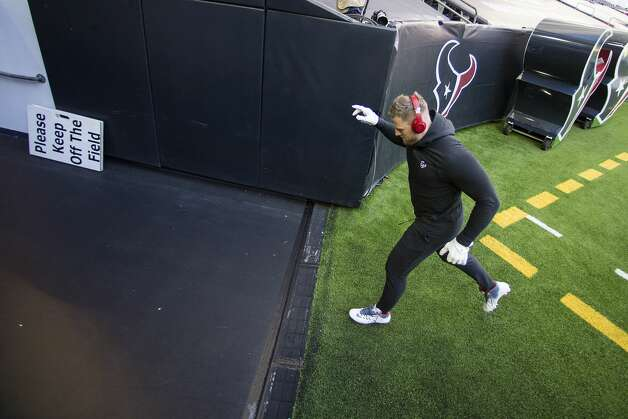 Houston Texans defensive end J.J. Watt runs off the field after warming up before an NFL football game at NRG Stadium on Sunday, Jan. 3, 2021, in Houston. Photo: Brett Coomer/Staff Photographer / © 2021 Houston Chronicle
