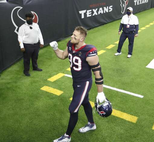 Houston Texans defensive end J.J. Watt (99) waves to fans as he walked back to the locker room together after their 41-38 loss to the Tennessee Titans during the fourth quarter of an NFL football game Sunday, Jan. 3, 2021, at NRG Stadium in Houston . Photo: Karen Warren/Staff Photographer / © 2021 Houston Chronicle