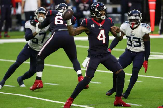 Houston Texans quarterback Deshaun Watson (4) throws a pass against the Tennessee Titans during the third quarter of an NFL football game at NRG Stadium on Sunday, Jan. 3, 2021, in Houston. Photo: Brett Coomer/Staff Photographer / © 2021 Houston Chronicle