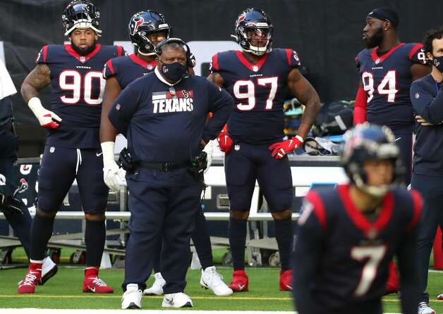 Houston Texans interim head coach Romeo Crennel stands on the sidelines watching as Texans kicker Ka'imi Fairbairn (7) lines up for a kick against the Tennessee Titans during the first half of an NFL football game at NRG Stadium on Sunday, Jan. 3, 2021, in Houston. Photo: Brett Coomer/Staff Photographer / © 2021 Houston Chronicle