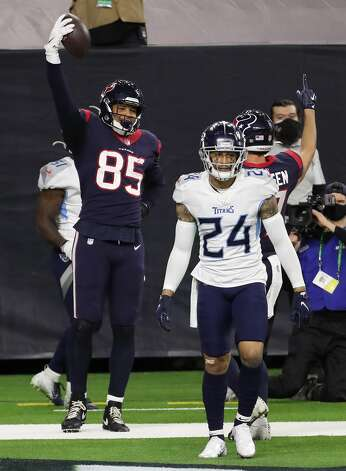 Houston Texans tight end Pharaoh Brown (85) celebrates his 7-yard touchdown reception against the Tennessee Titans during the fourth quarter of an NFL football game at NRG Stadium on Sunday, Jan. 3, 2021, in Houston. Photo: Brett Coomer/Staff Photographer / © 2021 Houston Chronicle