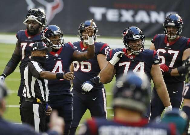 Houston Texans quarterback Deshaun Watson (4) argues a call during the second quarter of an NFL football game Sunday, Jan. 3, 2021, at NRG Stadium in Houston . Photo: Karen Warren/Staff Photographer / © 2021 Houston Chronicle