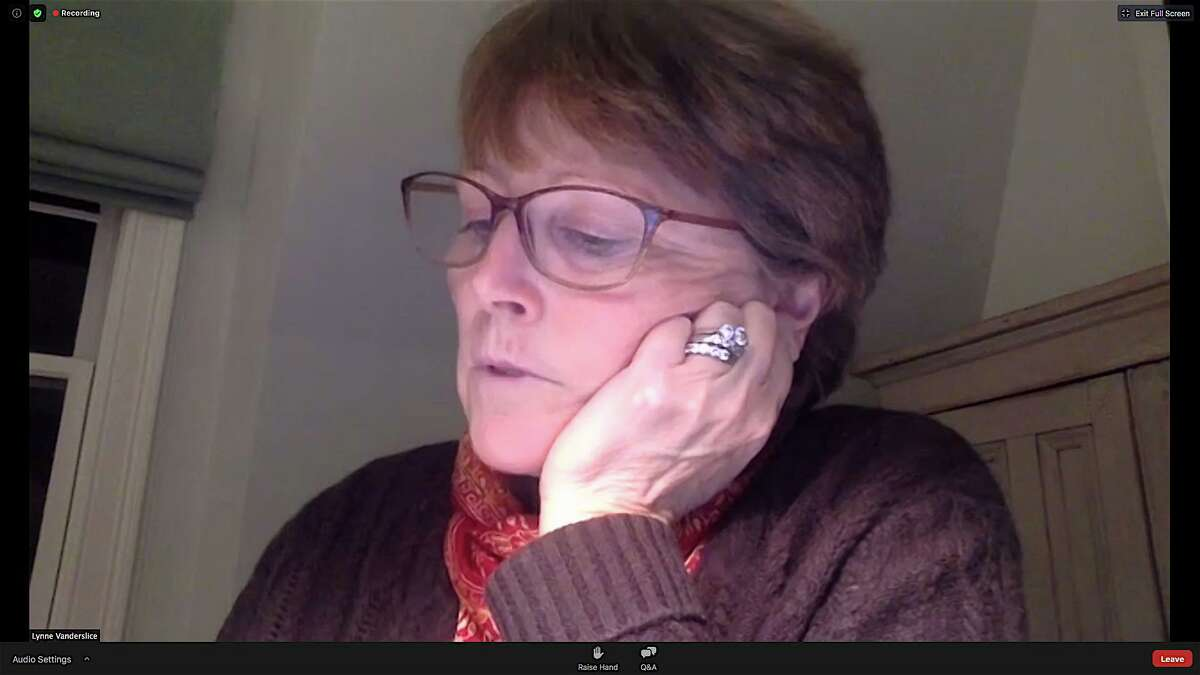 First Selectman Lynne Vanderslice