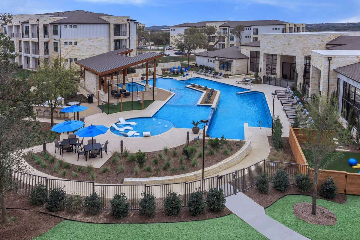 Passco Companies recently purchased Lenox Overlook, an apartment complex in north San Antonio, and changed its name to TruNorth at Bulverde.