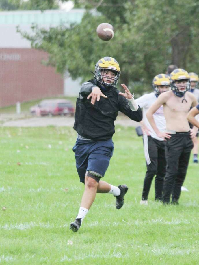 Manistee's Keelan Eskridge, along with teammates Matthew Blevins and Nick Weaver, was named academic all-state by the Michigan High School Football Coaches Association. (News Advocate file photo)