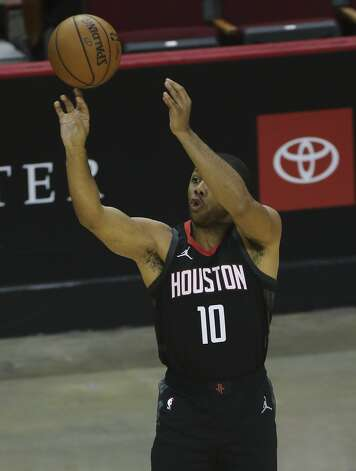 Houston Rockets guard Eric Gordon (10) takes a three-pointer during the first quarter of a NBA game against the Dallas Mavericks Monday, Jan. 4, 2021, at Toyota Center in Houston. Photo: Yi-Chin Lee/Staff Photographer / © 2021 Houston Chronicle