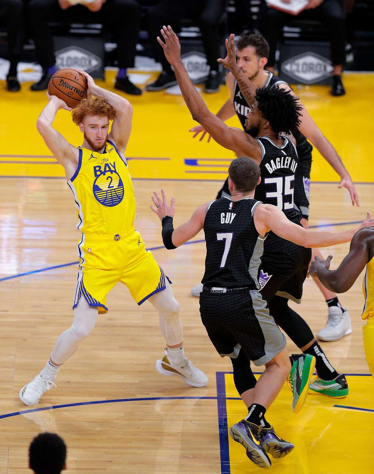 Nico Mannion (2) passes in the second half as the Golden State Warriors played the Sacramento Kings at Chase Center in San Francisco, Calif., on Monday, January 4, 2021.