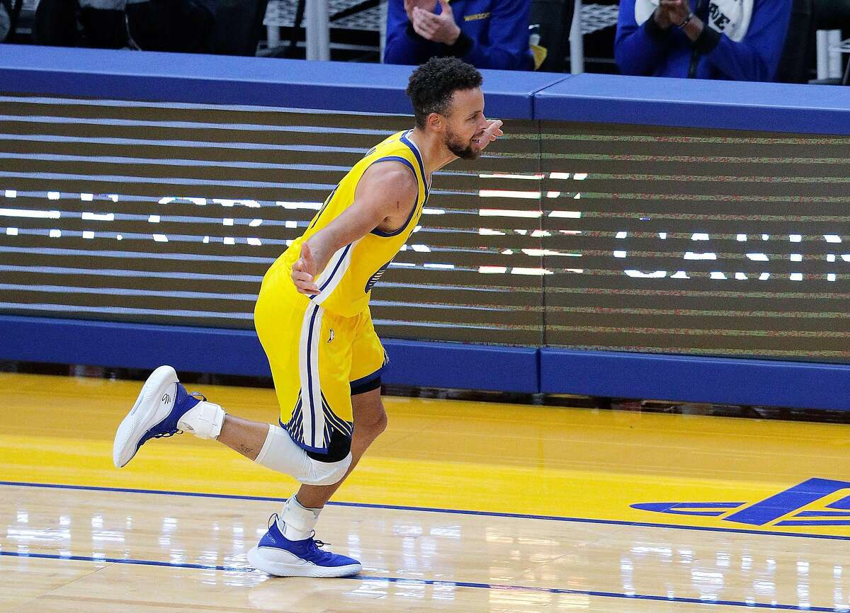 Stephen Curry, who has 92 points in his past two games, and the Warriors host the Clippers at 7 p.m. Wednesday (NBCSBA, ESPN / 95.7).