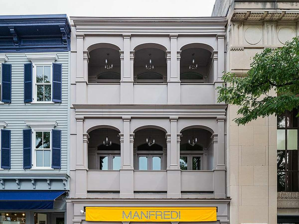 A unit at 121 Greenwich Ave. is listed for rent for $13,500 a month. Perched above Manfredi Jewels, the 3,000-square-foot units have two bedrooms, 2.5 bathrooms and arched balconies with chandeliers. According to McCarthy, they have been gut renovated and completely redone, and have not been occupied since the remodel.