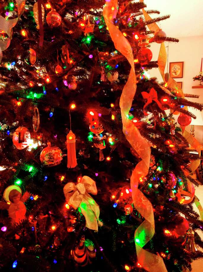 The National Fire Protection Agency warns homeowners to take down their Christmas tree sooner rather than later to avoid fire risk. (Colin Merry/Record Patriot)