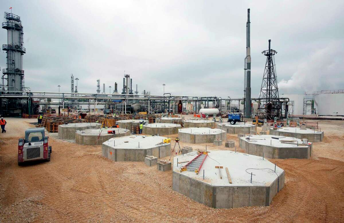 Concrete bases for new storage tanks are seen at Calumet Specialty Products Partners' refinery on South Presa St. Thursday morning April 2, 2015.