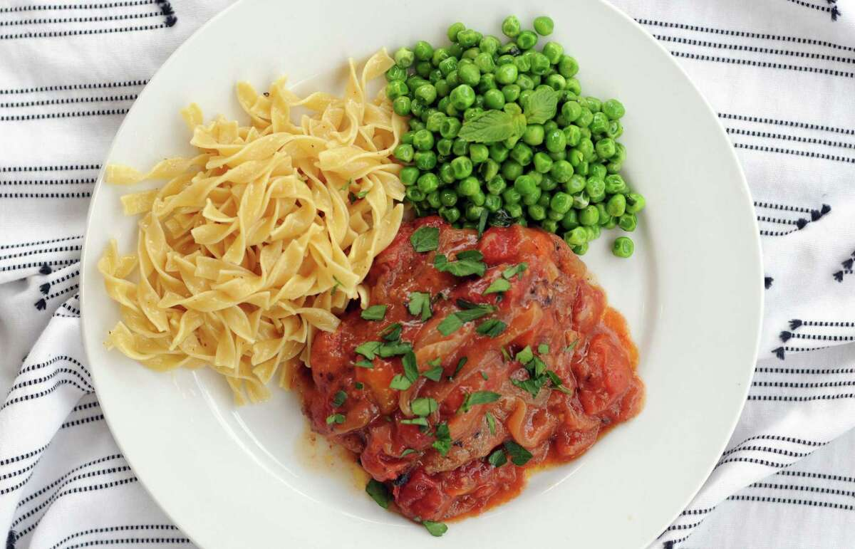 Swiss Steak with Buttered Noodles and Minted Peas