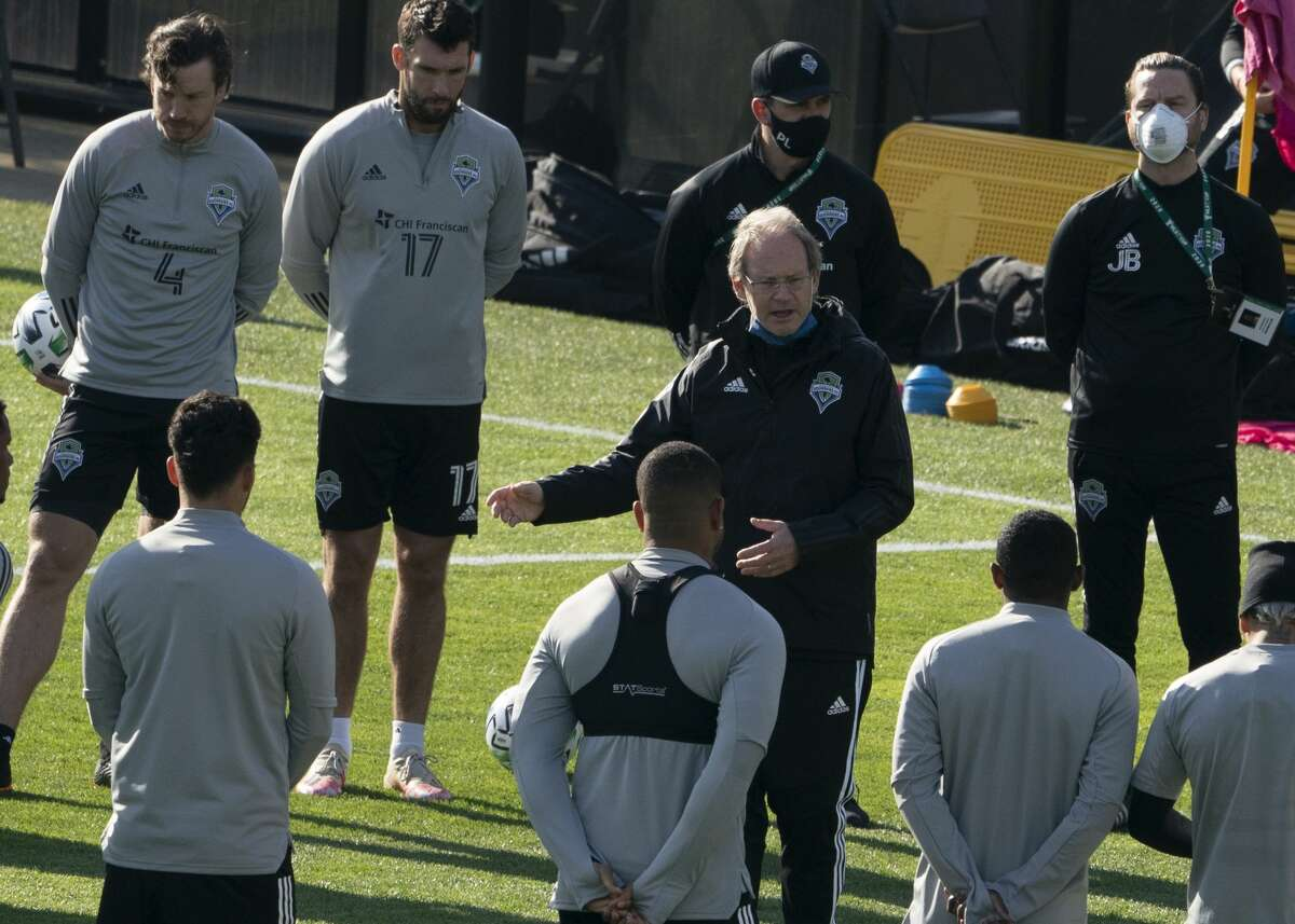 COLUMBUS, OH - DECEMBER 11: Seattle Sounders FC Head Choach Brian Schmetzer during training at MAPFRE Stadium in Columbus, Ohio on December 11, 2020. (Photo by Jason Mowry/Icon Sportswire via Getty Images)