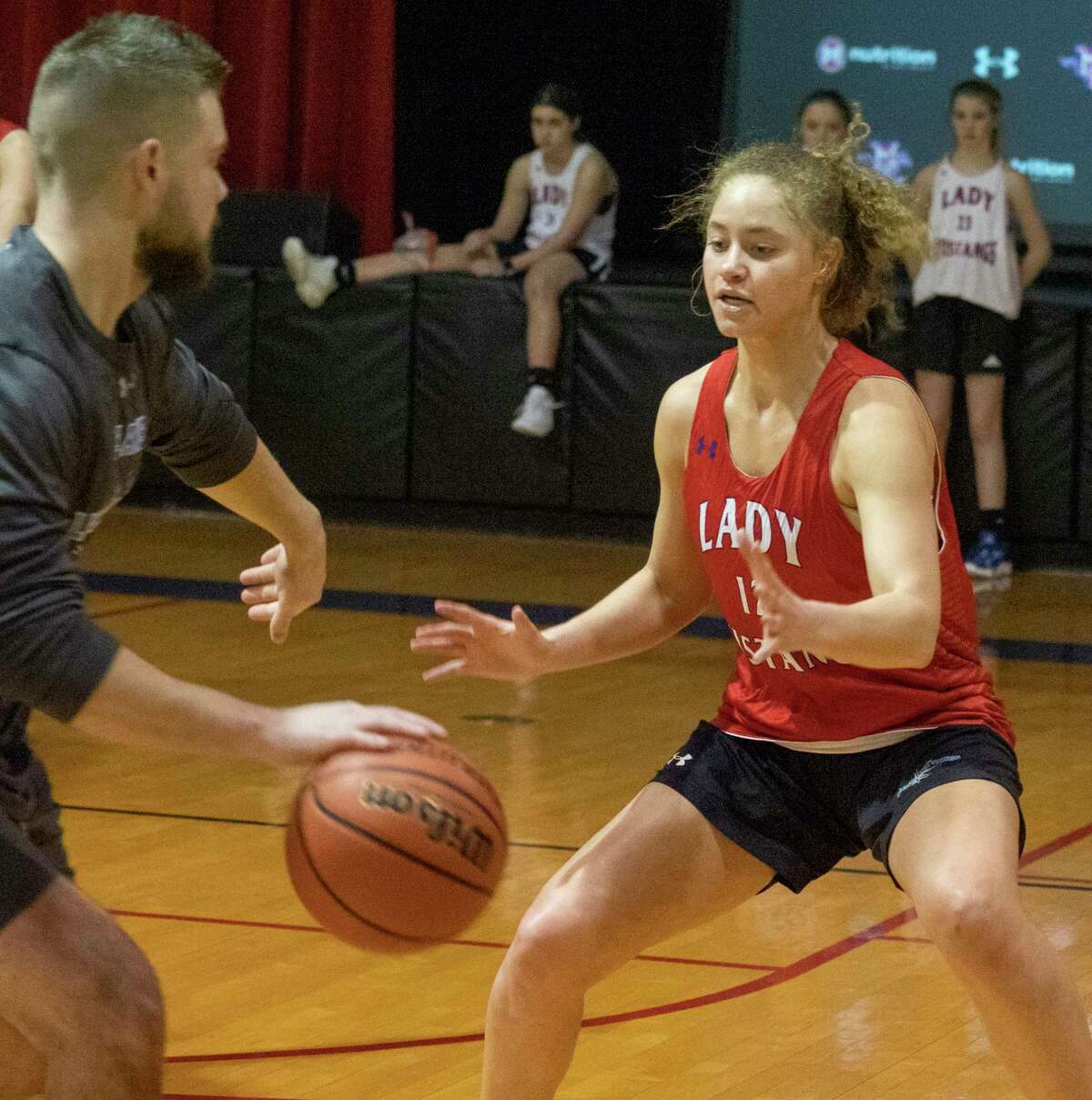 Midland Christian's Brooklyn Johnson practices with her teammates 01/06/2021 at the McGraw Event Center. Tim Fischer/Reporter-Telegram