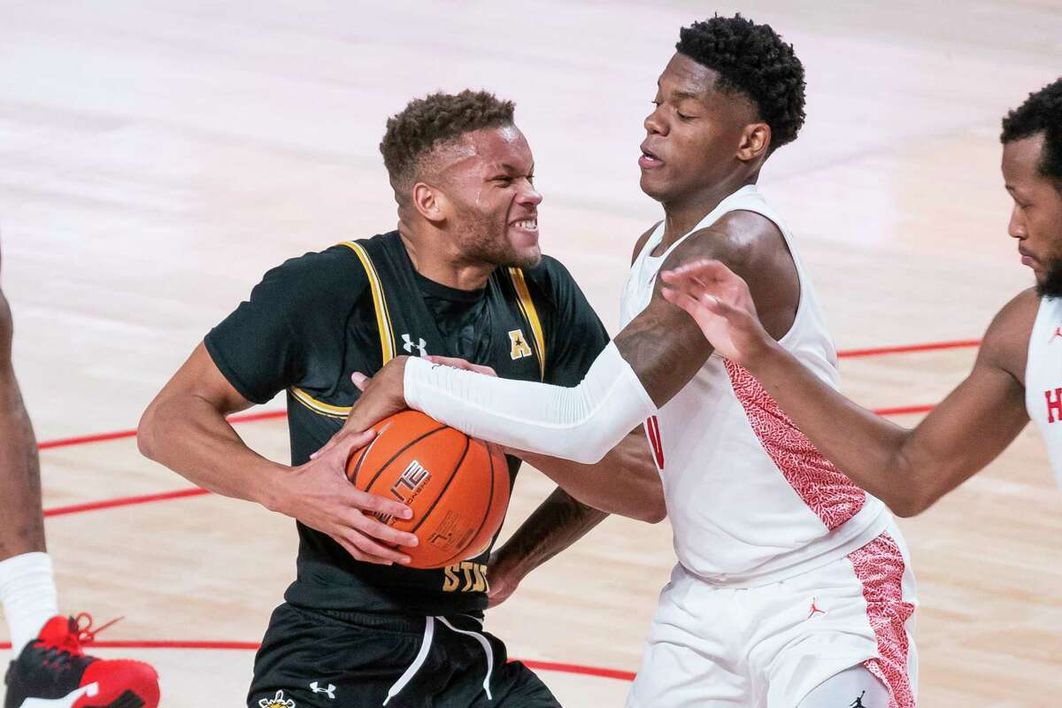 UH and Wichita State will play their second conference game earlier than scheduled because of COVID-19 issues with other AAC opponents that forced each school to cancel games.