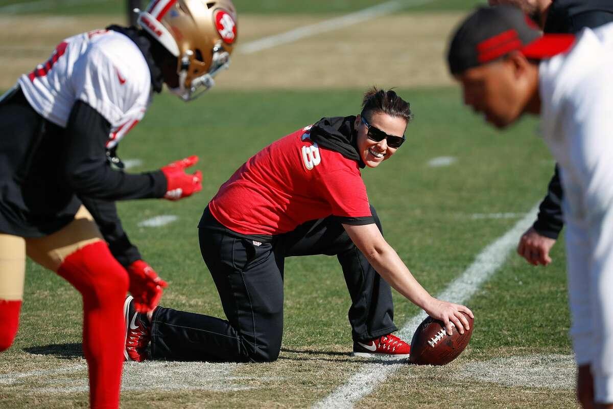 49ers' pioneering coach Katie Sowers won't return to team ...